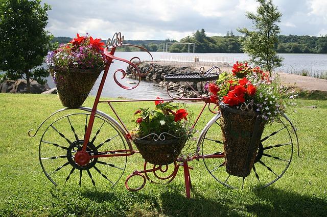 Zoom sur le vélo fleuri en 5 idées - Velo Blog - Vélo Déco ...
